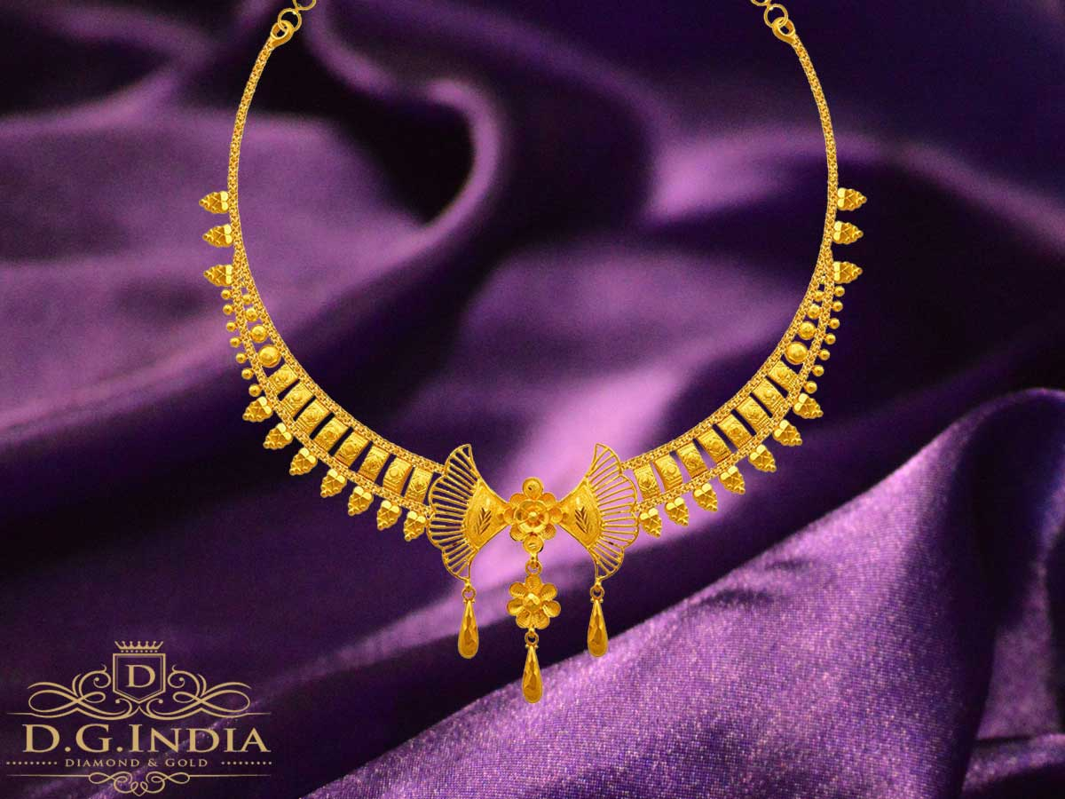 15.84 Gram Gold Necklace from Goldlites Collection by PC Chandra