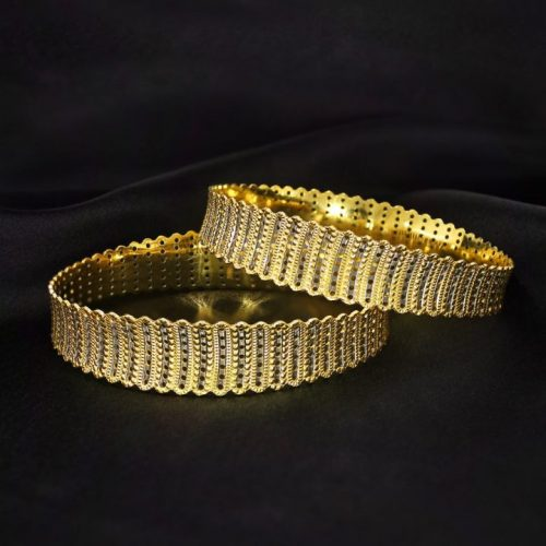 Broad Bangle Set in 20 Grams