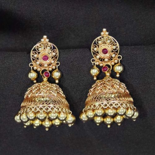 Indian Yellow Gold Jhumka Earring Design