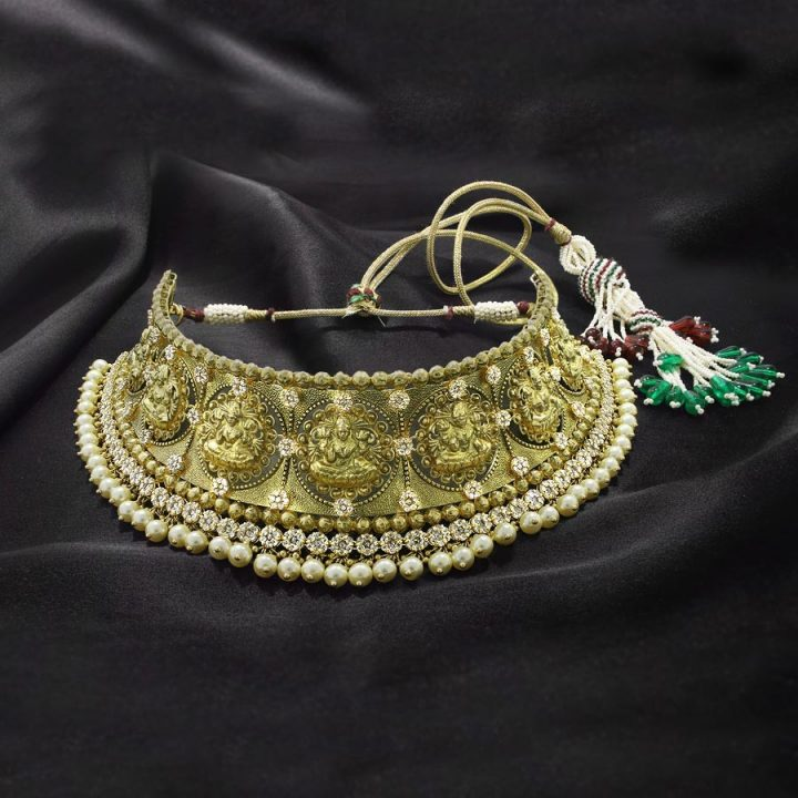 Uncut Diamond Ajanta Vedha Choker Necklace with Price
