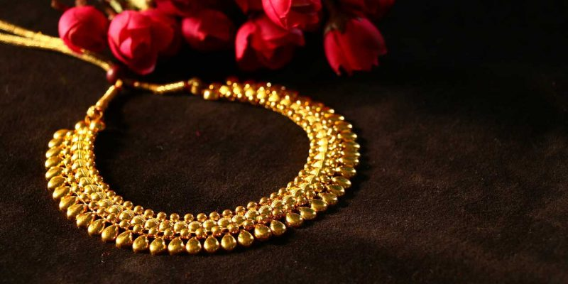 Yellow Gold Choker Necklace Designs with Price & Weight